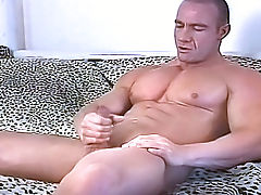 A hot stud cleans his asshole alone in his backyard & cums